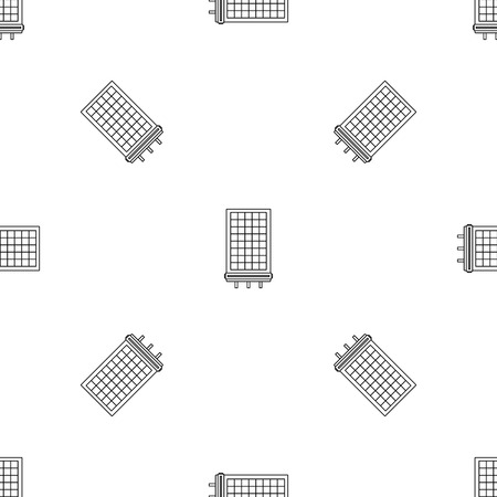 Solar battery icon. Outline illustration of solar battery vector icon for web design isolated on white background Archivio Fotografico - 126105422