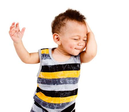 dolor de cabeza: Retrato de un beb� afroamericano satisfecho