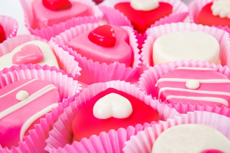 candy hearts: Closeup shot of pink, red and white candies
