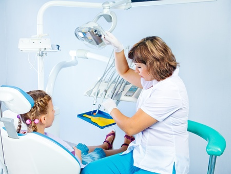 Child s visit to the dentist Stock Photo - 18562497
