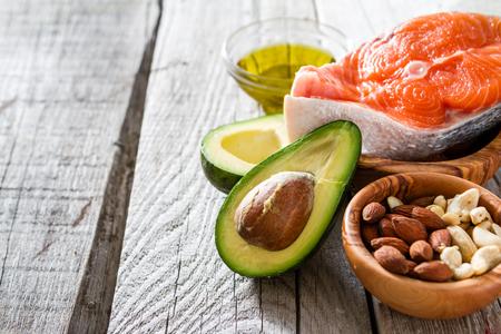 comida rica: Selección de fuentes de grasas saludables, el espacio de copia