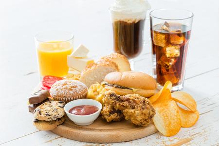 コピー スペース、あなたの健康に悪い食品 anf の飲料の選択 写真素材