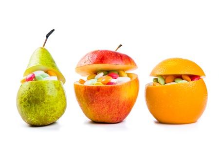 건강 관리 개념 - 과일 광 석 비타민의 전체