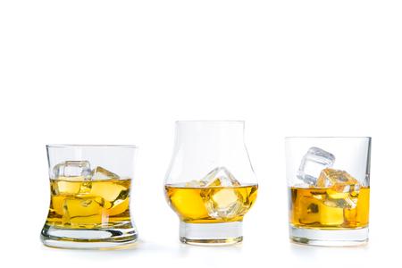 白い背景に強いアルコール飲料 写真素材