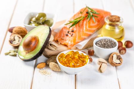 Auswahl an gesunden ungesättigten Fetten, Omega 3