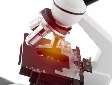microscopio: microscopio con efecto de iluminación
