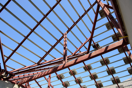steel beam: structural steel beam on roof of building residential construction Stock Photo