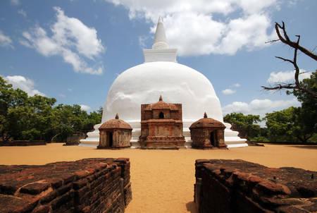 dagoba: Kiri Vihara Stupa, Polonnaruwa, Sri Lanka
