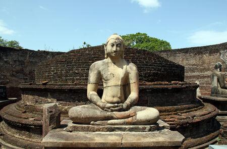buddha sri lanka: Buddha Statue in Vatadage, Polonnaruwa, Sri Lanka Stock Photo