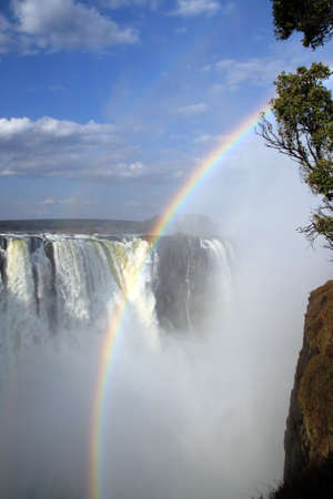 zimbabue: Victoria Falls con arco iris, Zimbabwe