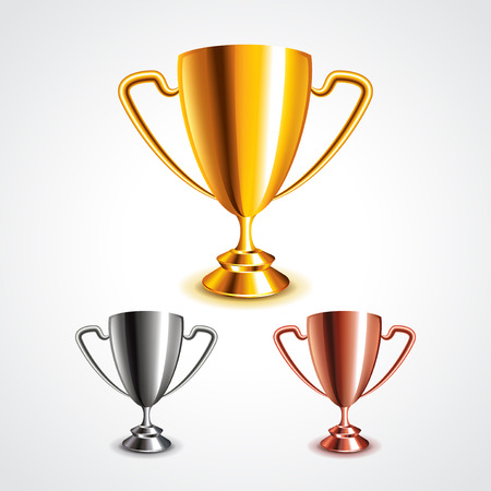 Gouden, zilveren en bronzen trofee kopjes fotorealistische vector set Stockfoto - 43131004