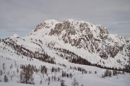 high sierra: Snowy mountains