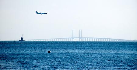 danmark: Oresund Bridge between Sweden and Danmark Stock Photo