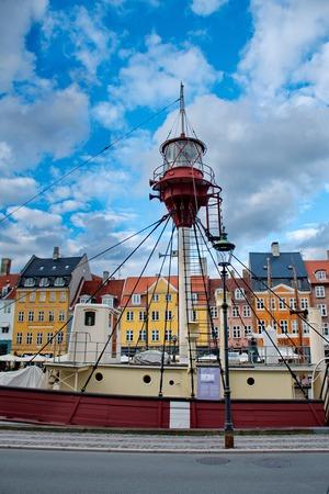 danmark: Port of Nyhavn in Copenhagen, Danmark Stock Photo