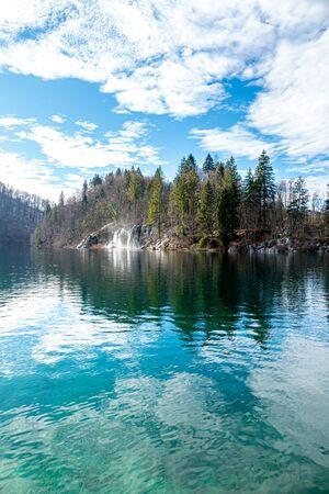 Frozen Waterfalls in Plitvice National Park, Croatia 免版税图像