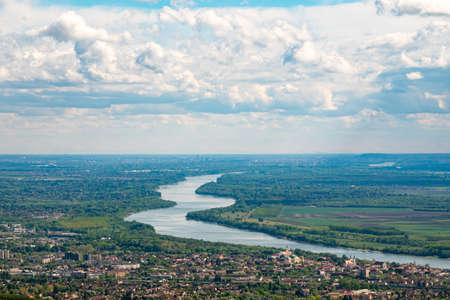 Curvy Danube River in Hungary 免版税图像
