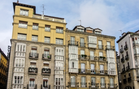 alava: un hermoso edificio de la plaza Virgen Blanca de Vitoria Alava, Espa�a