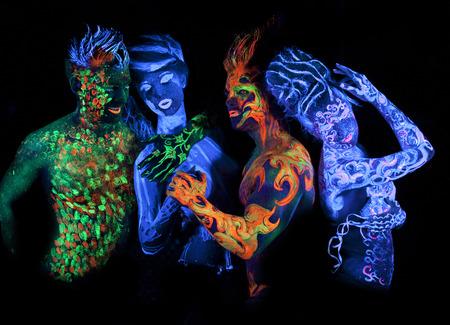 紫外光で輝くボディー アート 写真素材