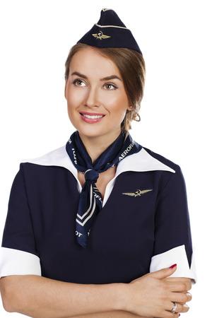 hotesse avion: 30 juin 2015 h�tesse de l'air dans le nouvel uniforme de la compagnie a�rienne russe Aeroflot nationale, membre de SkyTeam, isol� sur fond blanc