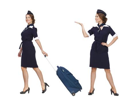 hotesse de l air: Collage deux femmes, Portrait en pleine valise tenant hôtesse de croissance isolé sur fond blanc