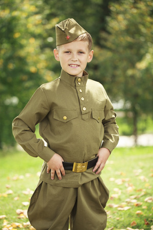 seconda guerra mondiale: Russian boy in military uniform of the Soviet Army of the Second World War