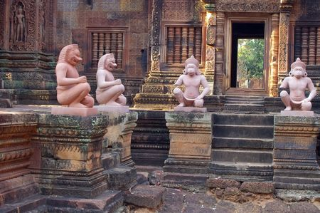 labyrinthine: karma sutra figures in the Banteay Srey temple cambodia