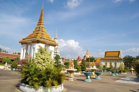 the gardens of the royal palce cambodia Stock Photo - 4892195