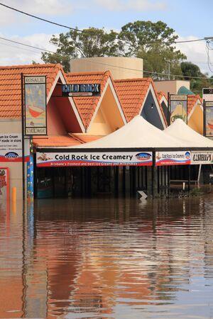 BRISBANE, AUSTRALIA - JAN 13 : Flood  Brisbane rosalie area Queensland declared natural disater January 13, 2011 in Brisbane, Australia  Stock Photo - 8608267