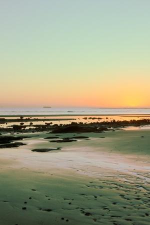 strand australie: Sandgate strand brisbane Australië hdr zonsopgang achtergrond afbeelding