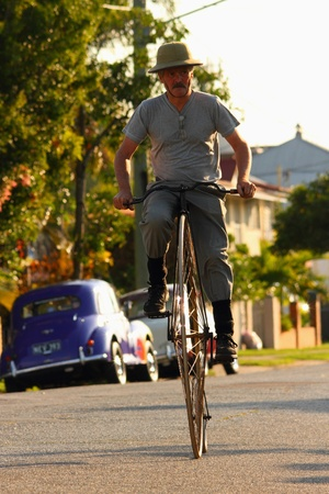 BRISBANE, AUSTRALIA - NOVEMBER 24 : Unidentified participant in Pennies by the bay ride on November 24, 2012 in Brisbane, Australia