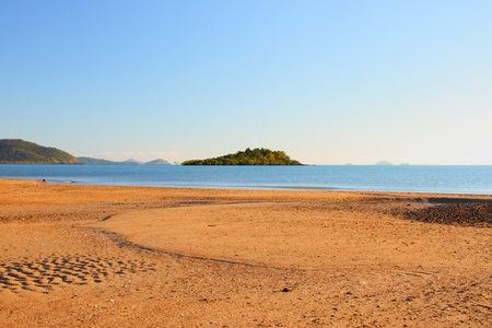 whitsundays: cannonvale beach reserve in Airlie Beach