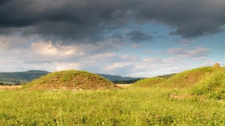 hillock: Celtic Hillock Graves, burial mound