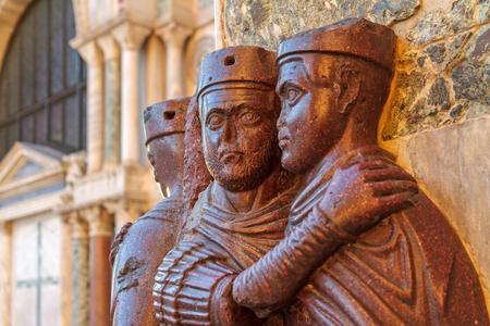 The Tetrarchs  Antique Statue of the Tetrarchs at San Marco in Venice Standard-Bild