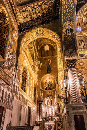 cappella: PALERMO, SICILYITALY - JUNE 27 2013: Interior Shot of the famous Cappella Palatina in Sicily on June 27 2013 in the Palazzo Reale in Palermo in Sicily, Italy