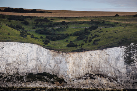 Arrival in England. White Cliffs of Dover in Summer from the Sea Standard-Bild