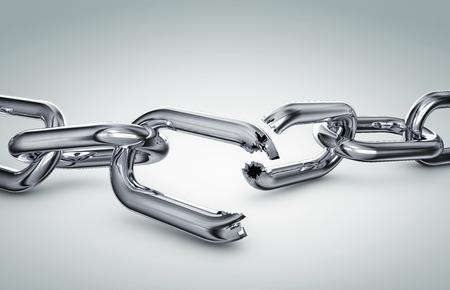 Broken chain Standard-Bild