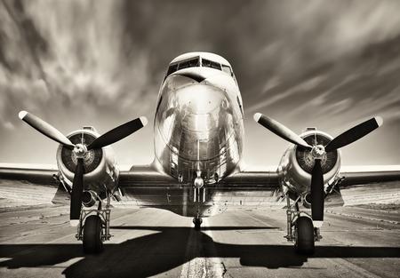 Retro vliegtuig Stockfoto - 61237280