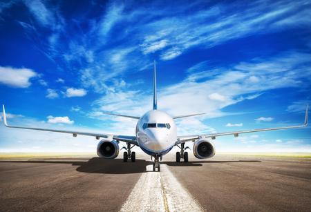 El avión está esperando para despegar