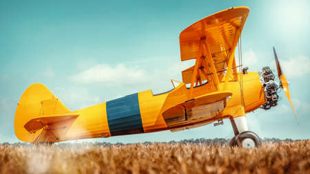 side view of a historical biplane Stockfoto