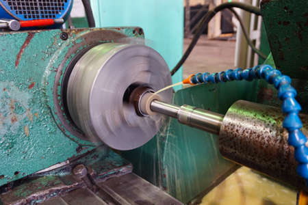 Internal grinding of the part with water cooling on the machine.