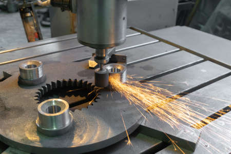 External grinding gear reducer on the coordinate grinding machine.