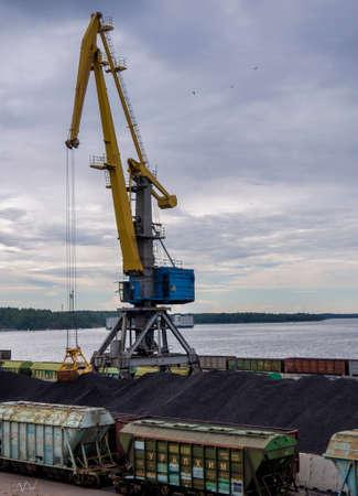 Vyborg seaport, cranes, unloading coal into wagons