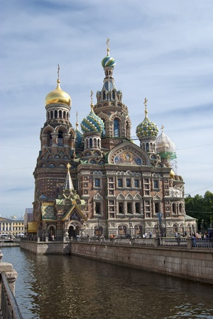 mortally: Cathedral of the Resurrection on the Blood Church of the Savior on Blood in St. Petersburg - Orthodox odnoprestolny Memorial Church of the Resurrection, built to commemorate the fact that in this place March 1, 1881 as a result of the attempt was mortally