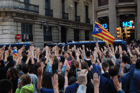 protestas en Cataluña. Referéndum de indipendencia. Barcelona 2017 Editorial
