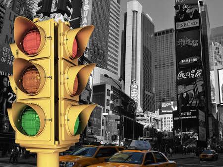 semaphore: traffic light in NY streets