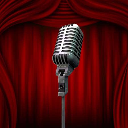 microfono antiguo: micr�fono viejo y cortinas rojas Foto de archivo