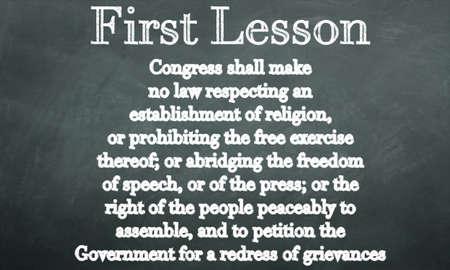 amendment: primera enmienda en una pizarra