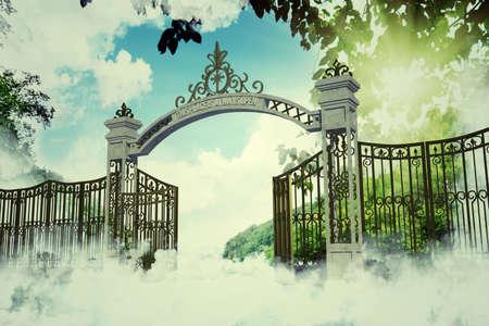 古いイラストの天国の門 写真素材