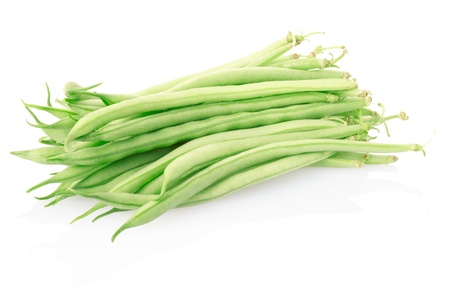 french bean: Green beans isolated on white