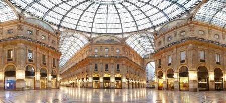 mil�n: Mil�n, la galer�a Vittorio Emanuele II, Italia Editorial